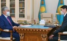 The Head of State receives Minister of Finance Yerulan Zhamaubayev