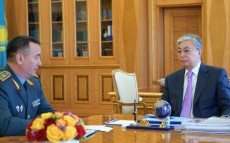 President of Kazakhstan Kassym-Jomart Tokayev receives Murat Bektanov, First Deputy Minister of Defense, Chief of the Armed Forces General Staff